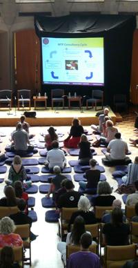 SRI10_meditation-hall