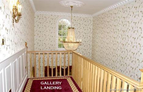 hallway_l