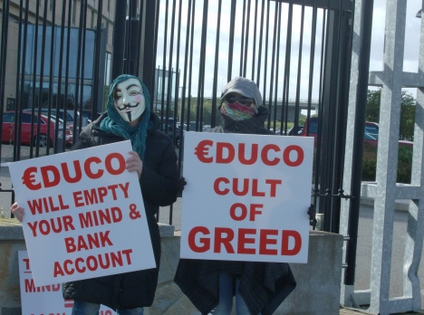 Protest off INE+Educo